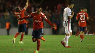 Los jugadores de Independiente celebran su pase a la final.