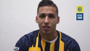 Fernando Tobio es presentado como defensor de Rosario Central.