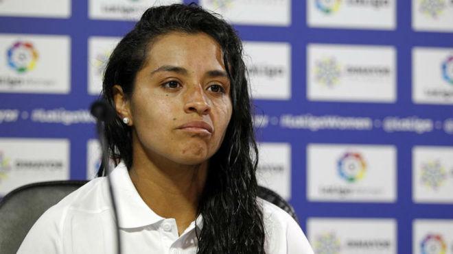 Liana Salazar habla en rueda de prensa en la Ciudad Deportiva Wanda en...