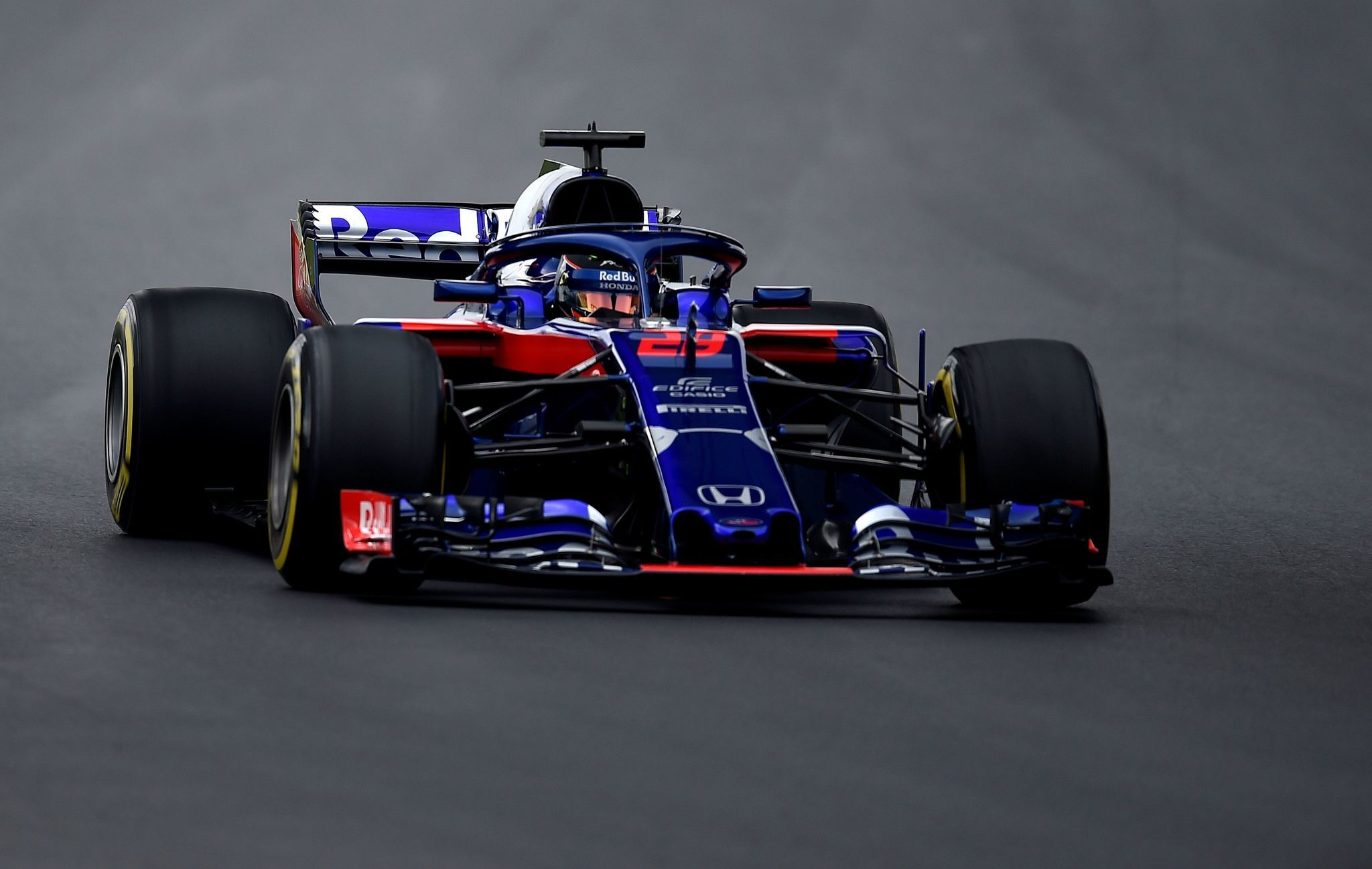 test f1 2018 toro rosso anda con honda marca claro colombia. Black Bedroom Furniture Sets. Home Design Ideas