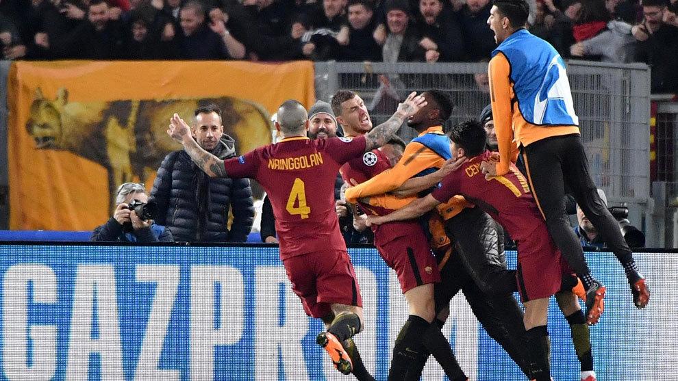 Confiesa que su pequeño hijo está loco por Leo Messi — Francesco Totti