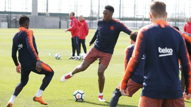 Yerry Mina regresó a la convocatoria del Barcelona para enfrentar al Bilbao