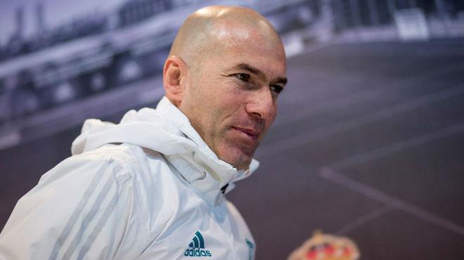 Zidane se refiere a la suplencia de Isco en el Real Madrid