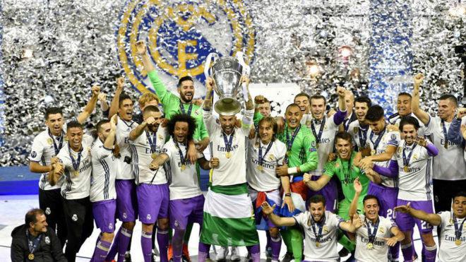 Gol de ensueño de CR7 da al Madrid medio boleto