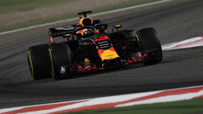 Daniel Ricciardo, con el RB14.