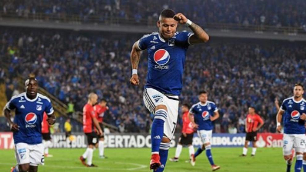 Celebración del hat-trick de Ayron Del Valle