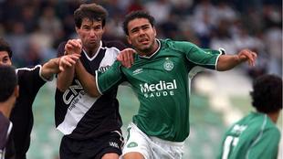 Imagen de un partido entre el Ponte Preta y el Guaraní de 2003.