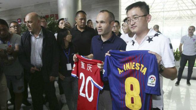 Andrés Iniesta NO jugará en el Chongqing Dangdai Lifan chino — OFICIAL