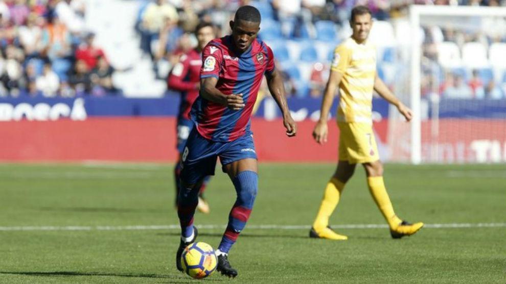 Levante renovó a su estrella: Jefferson Lerma firmó hasta el año 2022