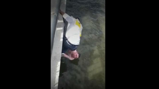 ¡Así sí! Héroes colombianos salvan a un ruso de ahogarse en Kazán