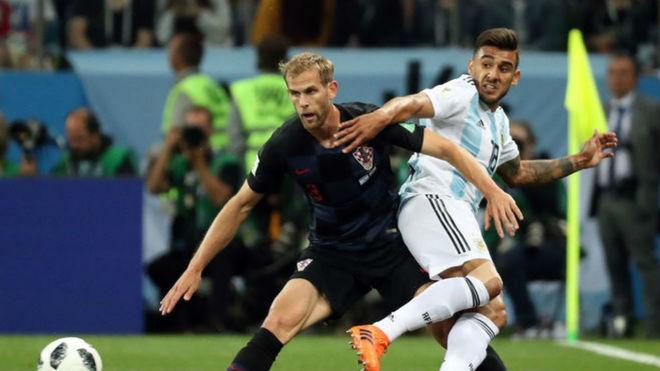 ¡Golazo! Nigeria sorprende a Islandia 1-0 al 48'