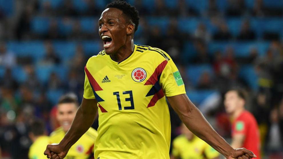 Yerry Mina celebra el gol que le marcó a Inglaterra