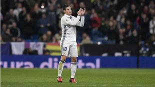 James, el día que se despidió de la afición del Madrid en el...