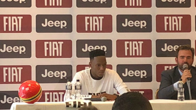 Yerry Mina, durante su rueda de prensa en Colombia