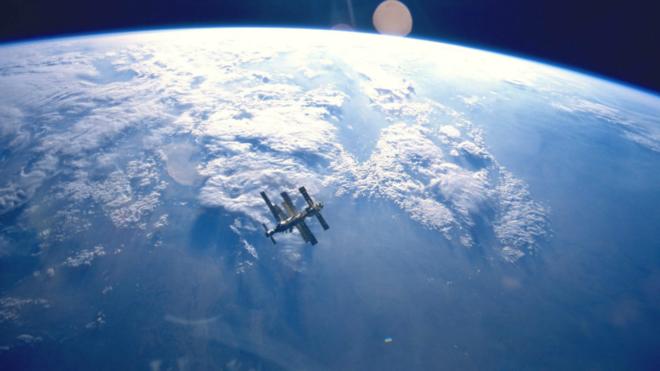 Facebook quiere lanzar un satélite al espacio el próximo año