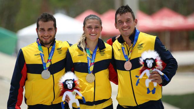 Gabriela Bollé, medalla de oro, en la mitad de Ramírez y Oquendo /...
