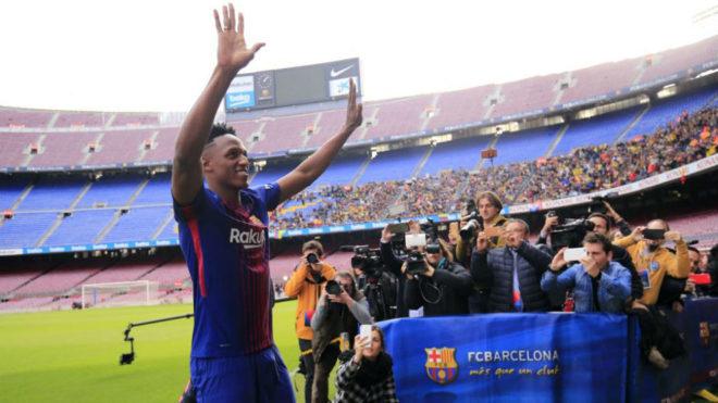 Yerry Mina, el día de su presentación con el Barcelona
