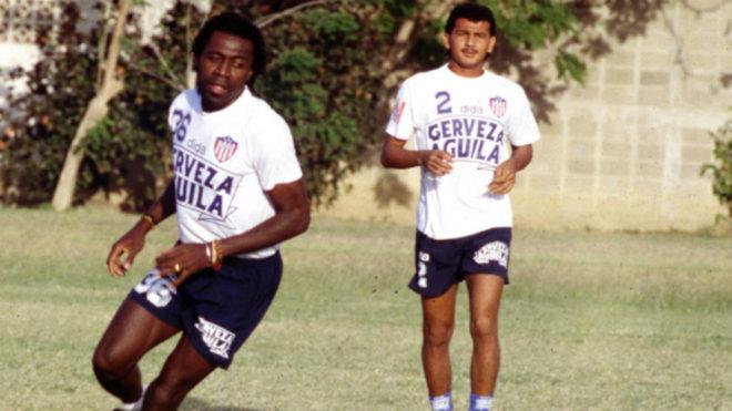 Pierre-François Aubame Eyang entrenando en Junior.