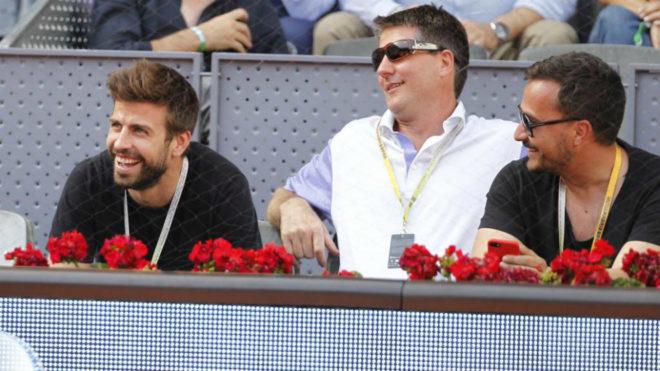 Gerard Piqué, a la izquierda, durante el Mutua Madrid Open / David Moiron / MARCA