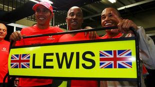 Lewis, amo y figura de la Fórmula 1