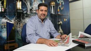 Daniel Angelici, presidente de Boca, atiende en su oficina a MARCA...