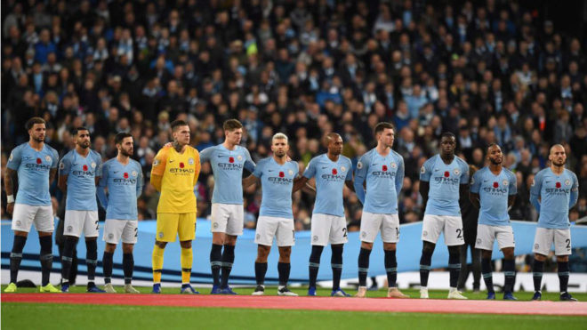 Imagen del once del Manchester City en el pasado derbi.
