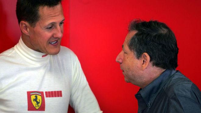 Schumacher y Jean Todt, con Ferrari, en un Gran Premio de 2006