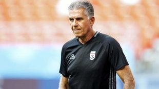 Carlos Queiroz dirige un entrenamiento de Irán en el Mundial de...