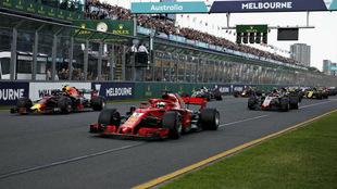 Imagen de la salida del Gran Premio de Australia de 2018 / RV...