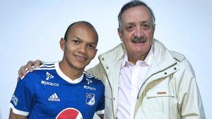 Juan David Pérez junto a Enrique Camacho.