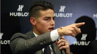 James, durante una rueda de prensa