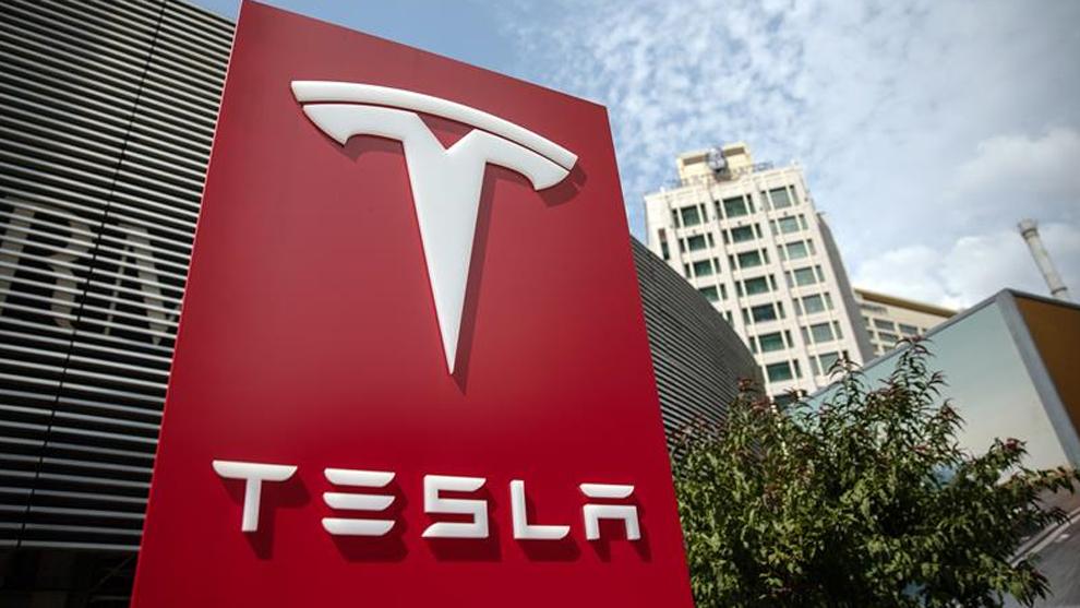 Tesla reduce sus pérdidas en 2018 tras encadenar dos trimestres de beneficios