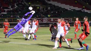 Gol de Patriotas a Geovanni Banguera