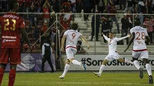 Fernando Aristeguieta festeja su golazo ante Rionegro Águilas.