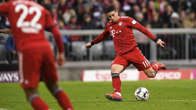 James en el momento de marcar su gol al Wofsburgo.