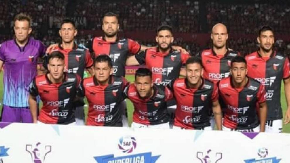 Deportes: Colón abre el marcador dejando a un Racing desequilibrado