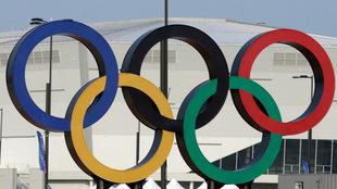 Los anillos olímpicos son el principal símbolo de los Juegos
