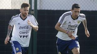 Messi y Di María, con Argentina