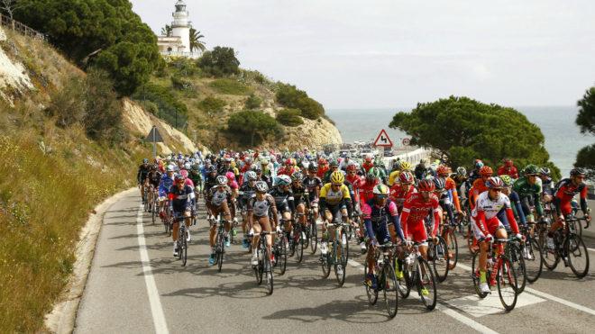 Aspecto de una carrera de la Vuelta a Cataluña