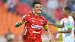 Germán Cano celebra uno de sus goles ante Envigado