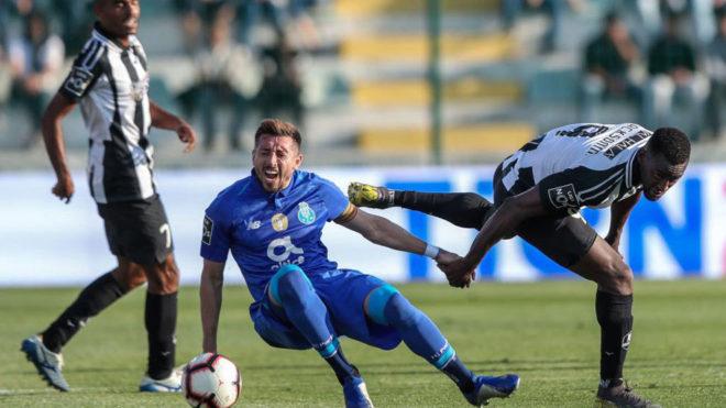 Gol de Héctor Herrera en victoria del Porto al Portimonense
