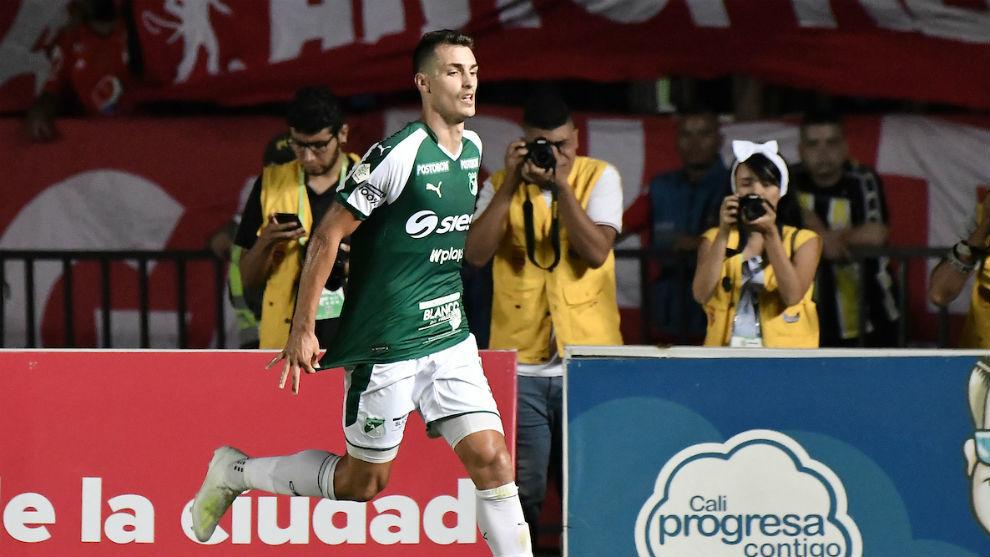 Juan Ignacio Dinenno anotó en la única llegada clara de su equipo.