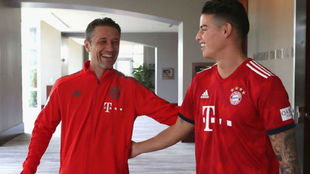 Kovac saluda a James en el inicio de la pretemporada