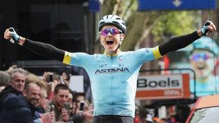 El danés gana en Lieja tras ser 3º en la Amstel Gold Race y 2º en...