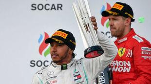 Hamilton y Vettel, en el podium