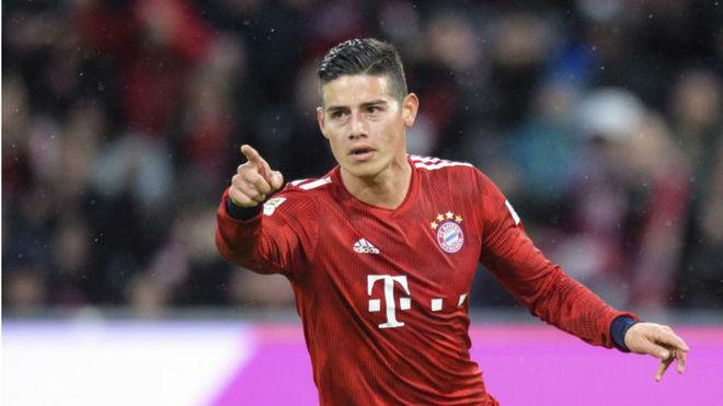 James Rodríguez celebra un gol con el Bayern