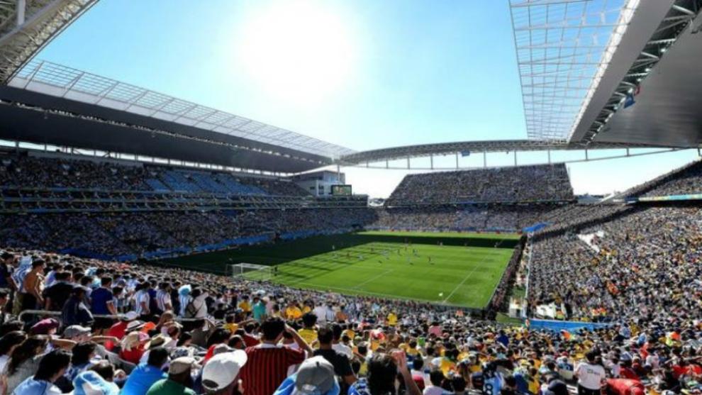 Aspecto del estadio Arena Corinthians durante un partido.