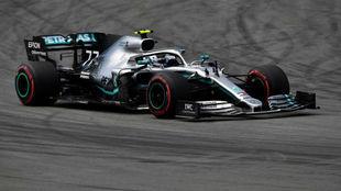 Valtteri Bottas se quedó con una nuevo pole.