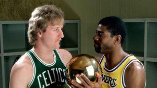 Larry Bird y Magic Johnson en su época de jugadores