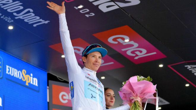 Esteban Chaves gana la etapa 19 de Giro de Italia